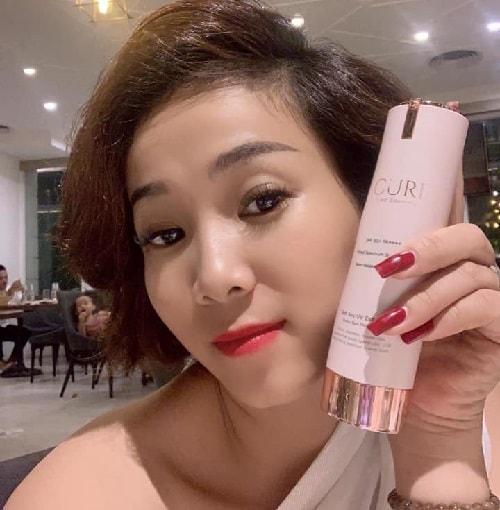 Review kem chống nắng tế bào gốc Curi của Hàn Quốc-4